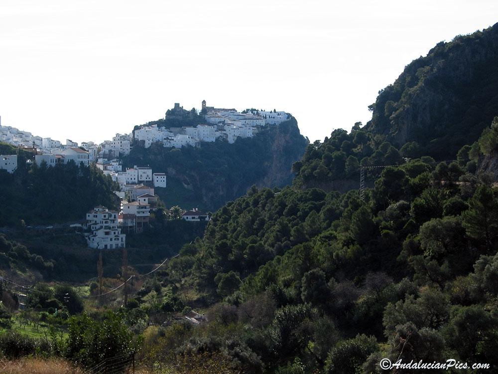 Casares White Village