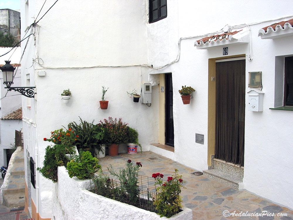 Rue de Casarés en Andalousie