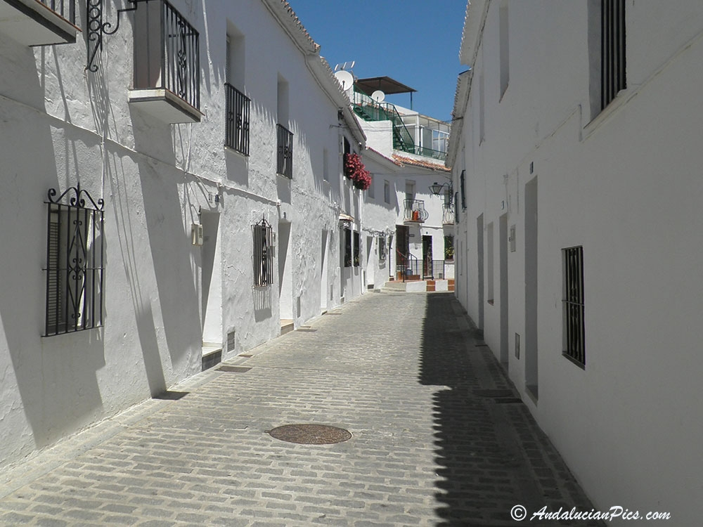 Mijas White Village narrow street
