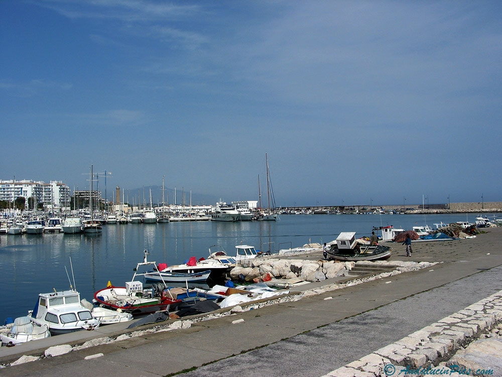 Estepona Marina West side
